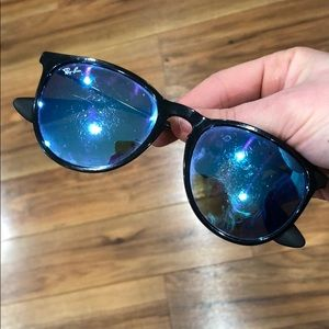 Mirrored Raybans in Rough Shape